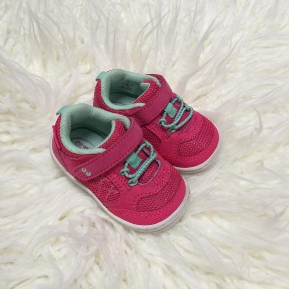 7e9e9c0b8452 Stride Rite Baby Sneakers. M 5c7159329539f74404a437c9